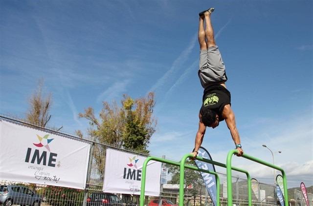 L'IME amplia l'equipament esportiu de les pistes de Son Cladera amb un nou parc de Cal·listènia